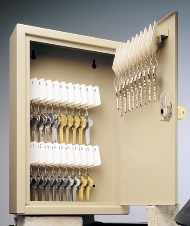 Single Tag Slotted Rack Cabinets