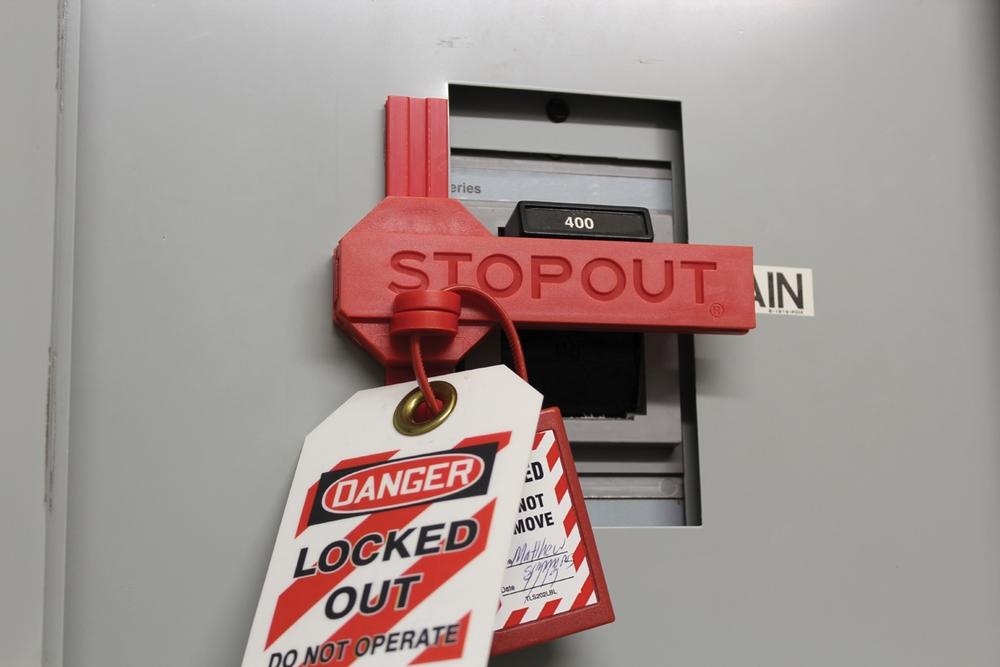 STOPOUT ® Slide 'n Lock ™