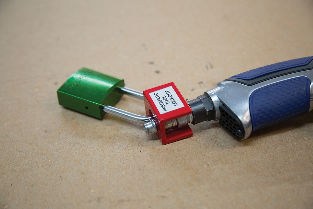Pneumatic Fitting End Lockout