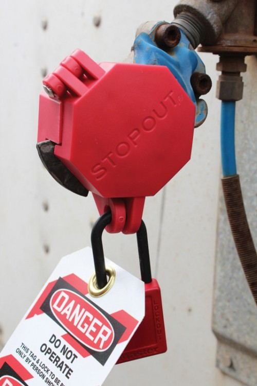 Trailer Lock Glad Hand Lock device for lockouts