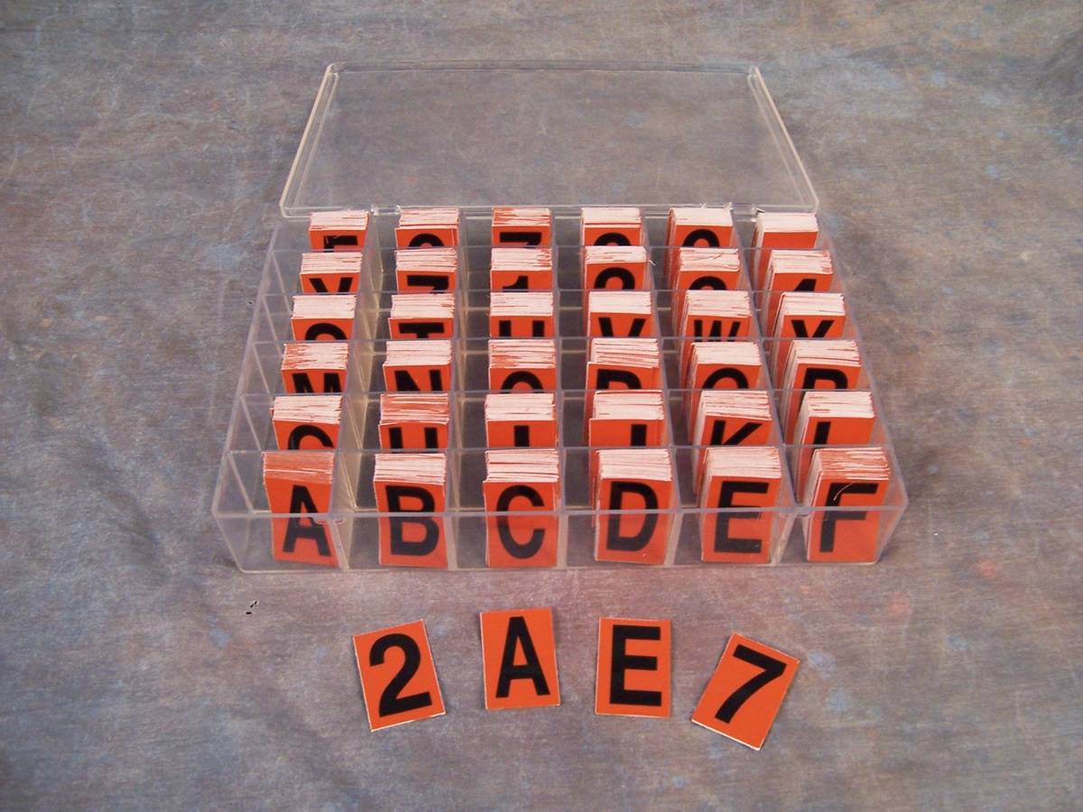 REFLECTIVE LETTERS & NUMBERS KIT