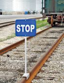 - Railroad Clamp Sign: Stop Car Connected