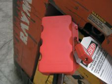 - Multi-Power Electrical Plug Lockout Box